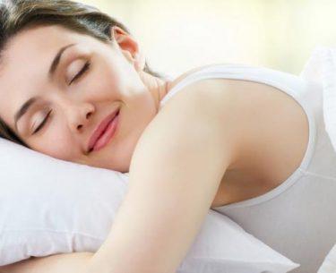Seis modos de tornar o sono mais eficiente para sua beleza