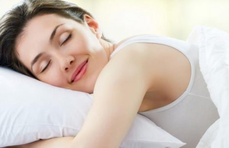 seis-modos-de-tornar-o-sono-mais-eficiente-para-sua-beleza